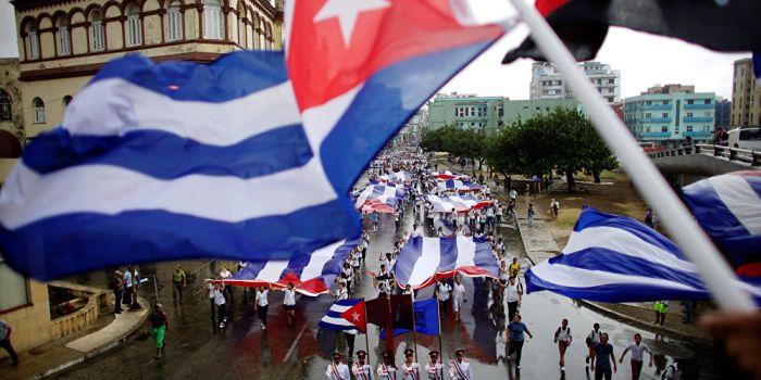 I cubani approvano nelle urne la nuova Costituzione