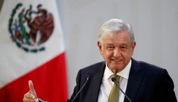 """Messico, il presidente López Obrador: """"Dichiariamo formalmente la fine del neoliberismo"""""""