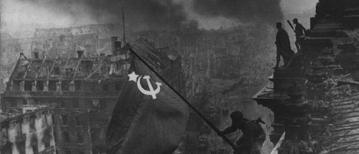 """""""E' il momento dell'unità delle forze comuniste e di classe in Italia e in Europa"""""""