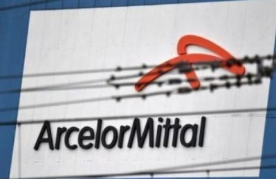 """La verità? Ilva """"perde soldi"""" per il saccheggio della Arcelor-Mittal"""
