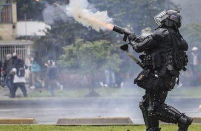 Proteste popolari in Colombia, 3 morti e 200 feriti