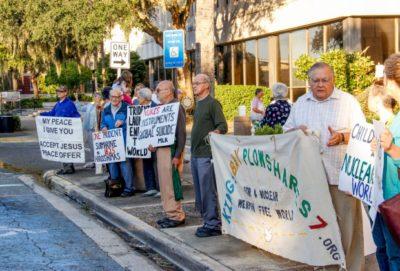 Pacifisti colpevoli di quattro reati! Petizione on line