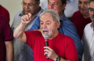 """Lula: """"Dobbiamo essere orgogliosi della resistenza del popolo venezuelano"""""""