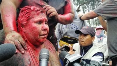 Bolivia, gruppo destra golpista sequestra e umilia il sindaco del municipio di Vinto