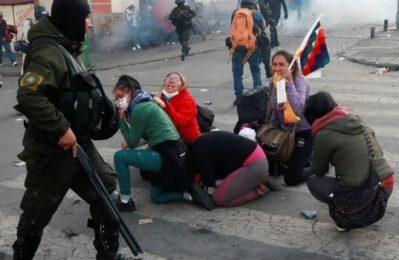 """Oltre 100 esperti internazionali negano la """"narrazione sui brogli"""" elettorali in Bolivia"""