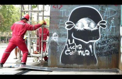 I muri e le statue che cadono in Cile