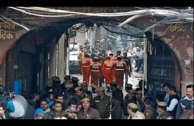 Incendio in una fabbrica in India: oltre 40 persone morte