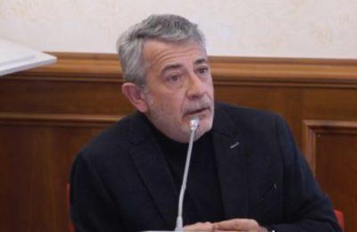 """Libia, Alberto Negri alla Camera: """"Non dimenticate mai dove inizia il crimine signori. E di quel crimine siamo complici"""""""