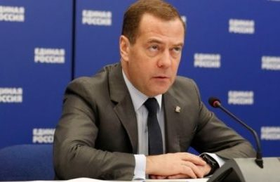 Il Primo Ministro Medvedev critica il divieto della WADA contro gli atleti russi