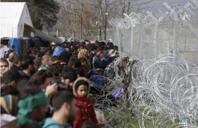"""UE """"agisca per porre fine alla sofferenza delle persone in cammino alla frontiera orientale"""""""
