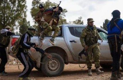 """Pagati 2000 dollari al mese, """"ribelli"""" siriani appoggiati dalla Turchia saranno schierati in Libia"""