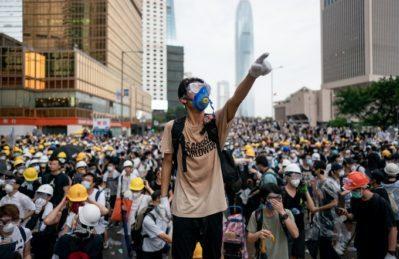 I 2 modi per raccontare quello che accade ad Hong Kong