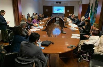 Riorganizzazione A.D.I., la Regione Lazio fa un passo indietro