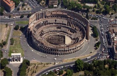 """""""Il Colosseo venga liberato dalla tenaglia delle automobili"""""""