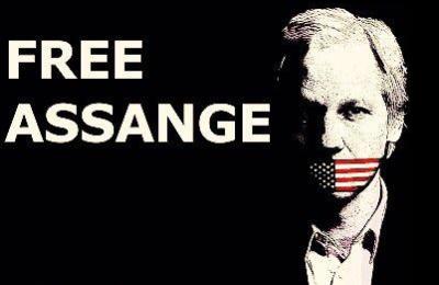 Speciale PandoraTV – Da oggi si decide la sorte di Julian Assange