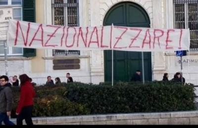"""Caro ministro, veramente non si può manifestare con lo striscione """"nazionalizzare""""?"""