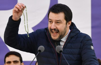 Per conto di chi? Salvini e la bufala del 2015 contro la Cina