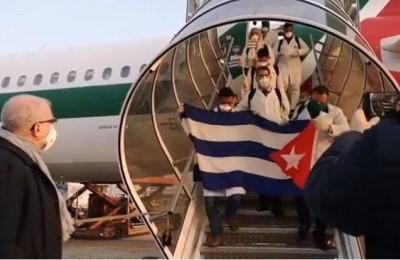 """Medici cubani a Milano, G. Minà: """"E ora l'Unione Europea come farà a parlare ancora di democrazia?"""""""