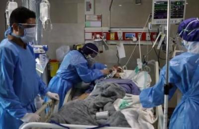 """Covid, Ministro della sanità iraniano scrive all'OMS: """"Le sanzioni Usa uccidono e vanno revocate"""""""