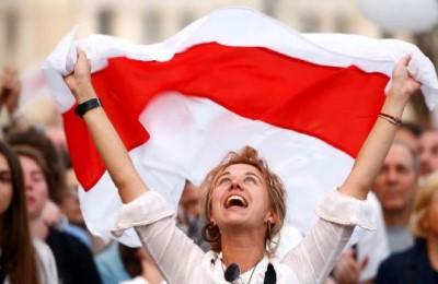 """La denuncia di Lukashenko: """"USA e 'giovani borghesi' dietro le proteste in Bielorussia"""""""
