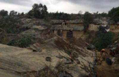 Myanmar: due soldati testimoniano le atrocità contro i Rohingya