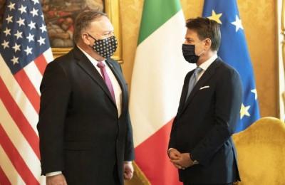 Pompeo abbaia e il Vaticano porta a scuola di sovranità il Governo Conte