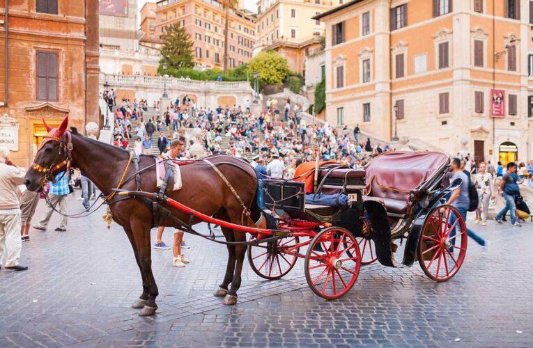 Roma, botticelle spostate nelle ville storiche e parchi