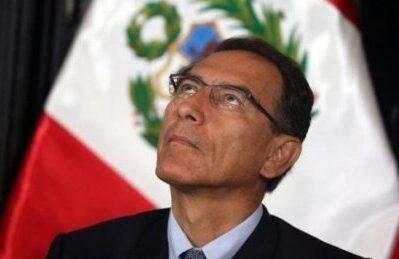 """Perù, Maduro: """"Possiamo mandare Guaidò ad autoproclamarsi"""""""