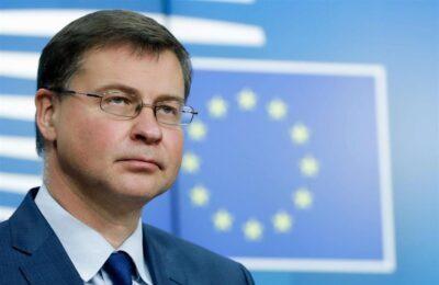 """PNRR, Dombrovskis sul Financial Times: """"Se le riforme si bloccano, niente soldi"""""""