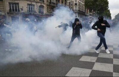 Primo Maggio, le manganellate della polizia francese (UE) non fanno mai notizia